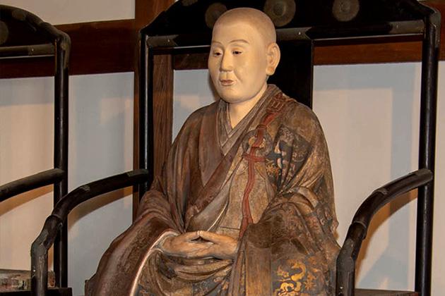 非公開の尼僧像4体の公開|眞如寺